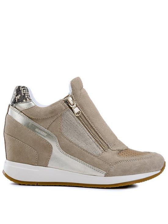 abfdec495862 Geox Geox D Nydame Wedge Trainer - Tan Silver