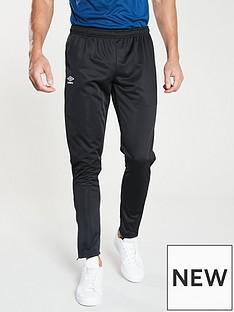 umbro-club-training-tapered-pants-black