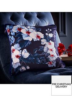 oasis-home-exotic-velvet-cushion