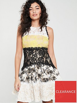 forever-unique-forever-unique-milan-lace-contrast-fit-and-flare-dress