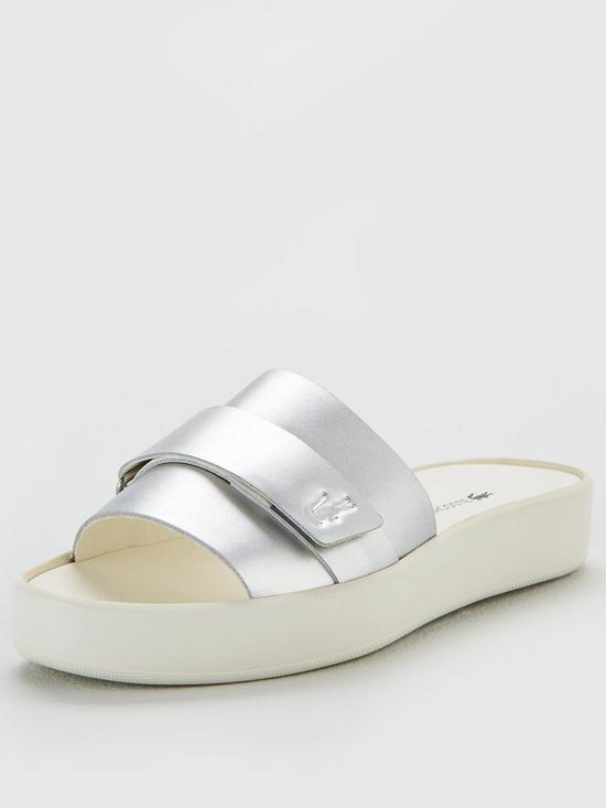 675bbe3eba729d Lacoste Pirle Slide 119 2 Cfa Flat Sandal - Silver White