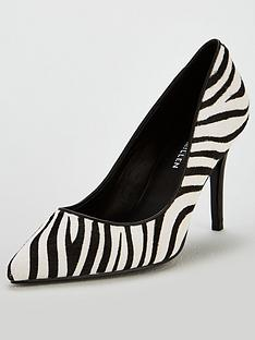 karen-millen-leather-court-shoes-zebra-print