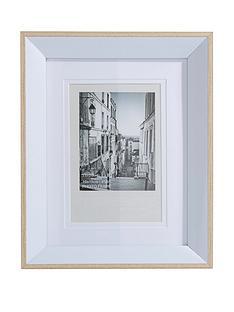 plastic-white-photo-frame-4-x-6