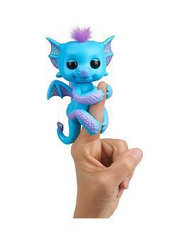 fingerlings-baby-dragon-tara