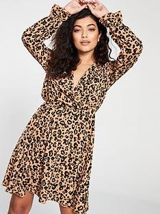 vero-moda-vero-moda-sustainable-animal-print-wrap-dress