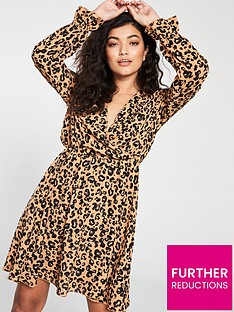 5d616a927475 Vero Moda Vero Moda Sustainable Animal Print Wrap Dress
