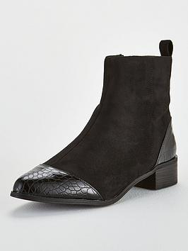 lost-ink-alice-simple-flat-ankle-boot-black