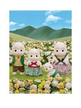 sylvanian-families-wolly-alpaca-family