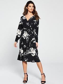 wallis-stencil-floral-fit-and-flare-dress-black