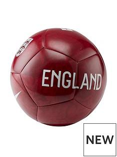 nike-england-pitch-football-rednbsp