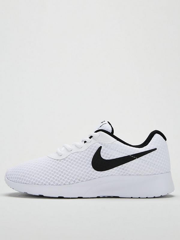 Pin by Casher Smith on fav sneakers in 2019 | Nike shoes