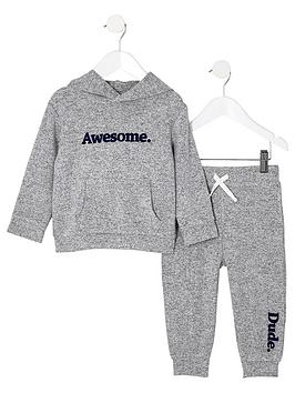 river-island-mini-mini-boys-grey-awesome-cosy-hoodie-outfit
