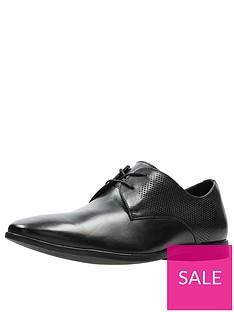 clarks-bampton-walk-shoe-black