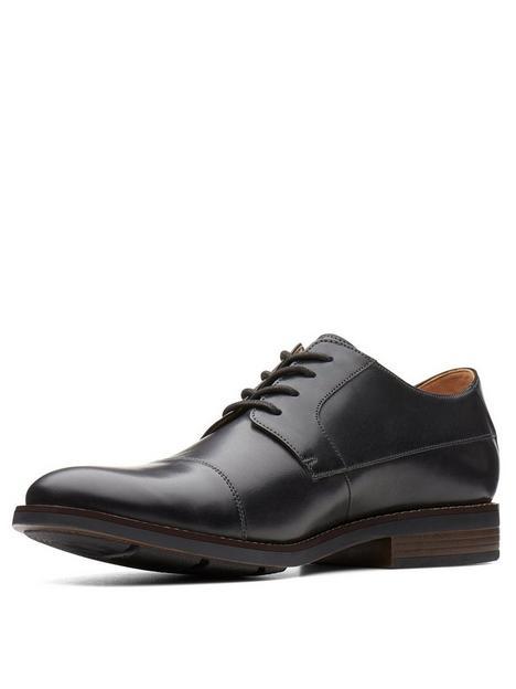 clarks-becken-cap-leather-lace-up-shoe-black