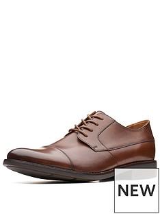 clarks-becken-cap-lace-up-shoe