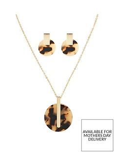 michelle-keegan-tortoiseshell-necklace-and-earring-set-goldnbsp