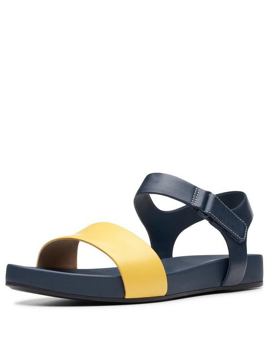 Clarks Bright Pacey Flat Sandals - Yellow