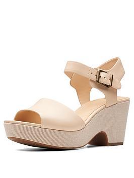 clarks-maritsa-janna-wedge-sandal