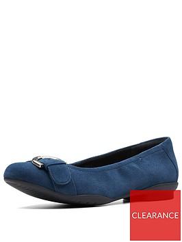 clarks-unstructured-neenah-lark-wide-fit-ballerina-shoes-navy