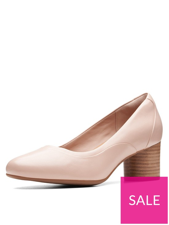 d2601d13a4281 Clarks Unstructured Un Cosmo Step Court Heeled Shoes - Nude | very.co.uk