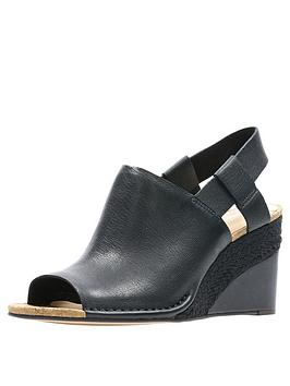 clarks-spiced-bay-wedge-sandals-black