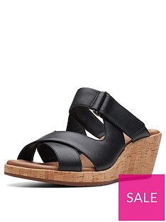 clarks-clarks-unstructured-un-plaza-slide-wedge-sandal