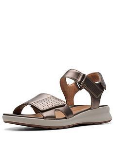 clarks-unstructured-un-adorn-calm-flat-sandals-pebble-metallic