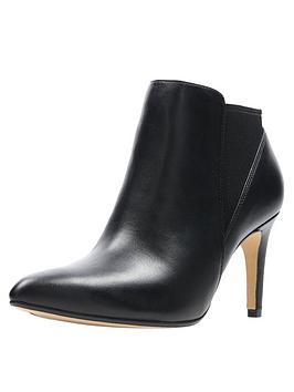 clarks-laina-violet-shoe-boots-black