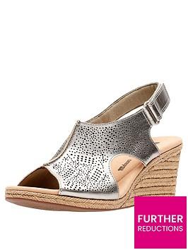 clarks-lafley-rosen-wedge-sandals-pewter-metallic