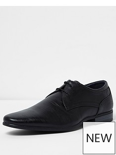 river-island-black-reggae-formal-point