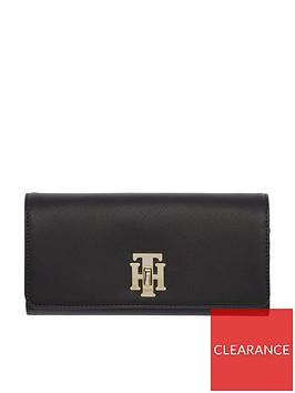 tommy-hilfiger-saffiano-zip-around-purse-black