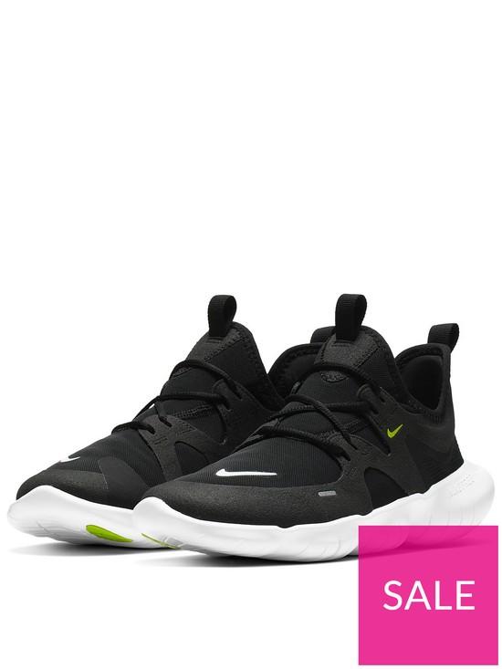 best service f81e3 df489 Nike Free Run 5.0 Junior Trainers - Black White