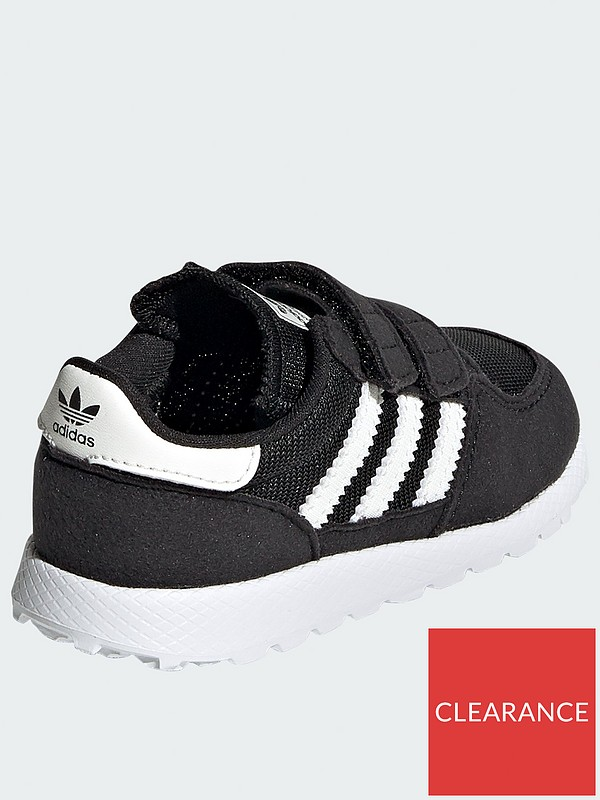 Forest Grove Infant Trainers BlackWhite