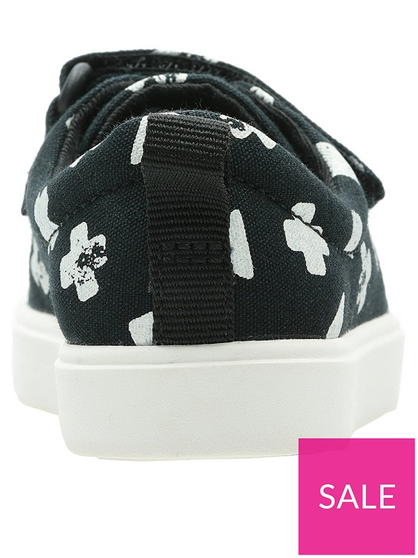 b73c4dbc2081 Clarks Toddler City Flare Lo Canvas Plimsoll | very.co.uk