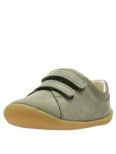 clarks-toddler-roamer-craft-leather-shoes-khaki