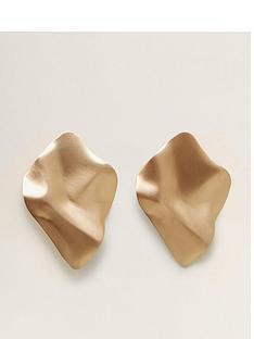 mango-metallic-art-earrings-gold