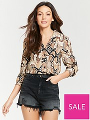 58b27b369f0e55 Michelle Keegan Pocket Front Open Collar Shirt - Snake Print