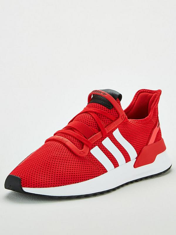 red adidas trainers mens