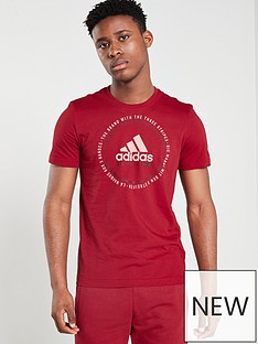 adidas-emblem-t-shirt-maroon