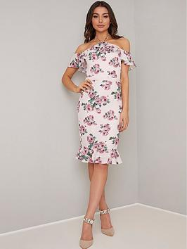 chi-chi-london-russa-floral-print-cold-shoulder-midi-dress-pink