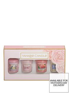 yankee-candle-4-votive-candle-gift-set