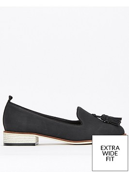 evans-extra-wide-fit-tassel-slip-on-shoe