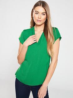 dcb5f93878b5c2 V by Very Notch Neck Short Sleeve Top - Green