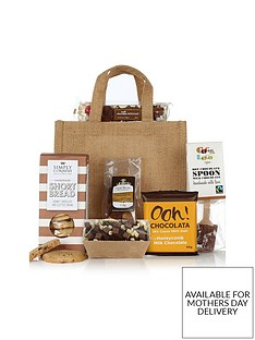 virginia-hayward-love-chocolate-hamper
