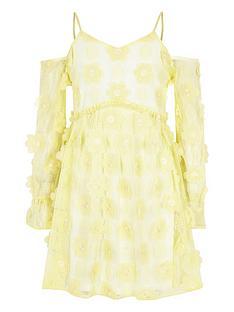 River Island Girls flower cold shoulder dress - yellow e7e92d896