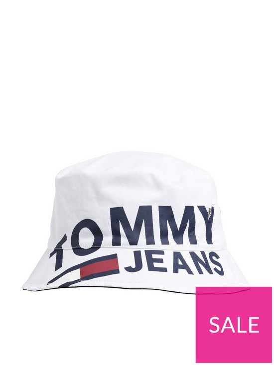 23bd33709ee086 Tommy Hilfiger Tommy Jeans Logo Reversible Bucket Hat | very.co.uk