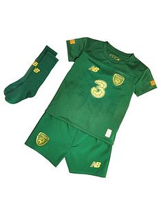 new-balance-ireland-infant-home-kit-set-green