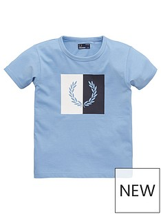 a6b1ddf6 Fred Perry Boys Laurel Wreath Short Sleeve T-Shirt - Sky Blue
