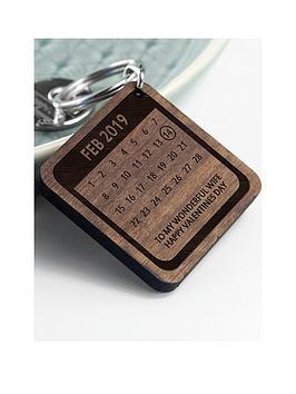 treat-republic-personalised-a-day-to-remember-wooden-keyring