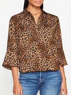 gestuz-jane-leopard-print-shirt-leopard